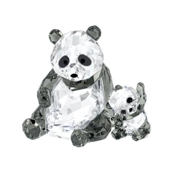 Панда: мама с малышом