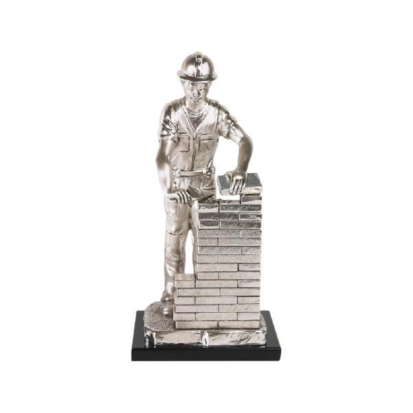 Скульптура «Строитель»